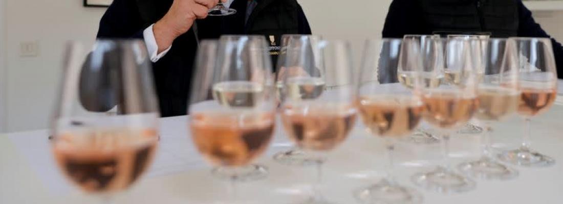Wine Tasters | Drink | Glassware