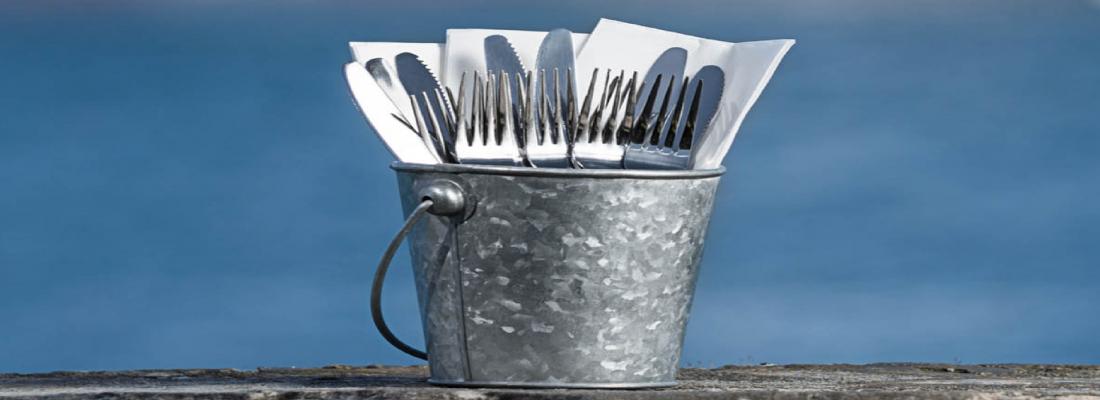 Buckets   Pails   Tableware